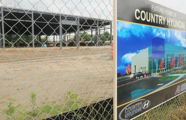 Construction Continues in Northampton Amidst Toxic Soil Probe