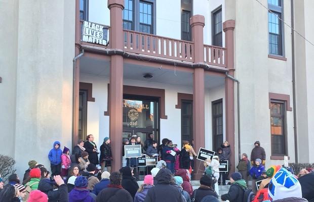 northampton city hall black lives matter mlk day 2016 city hall Stephanie Slysz